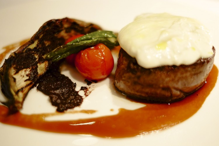 Beef with Burrata