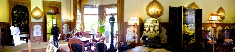 Panoramic Oriental Room