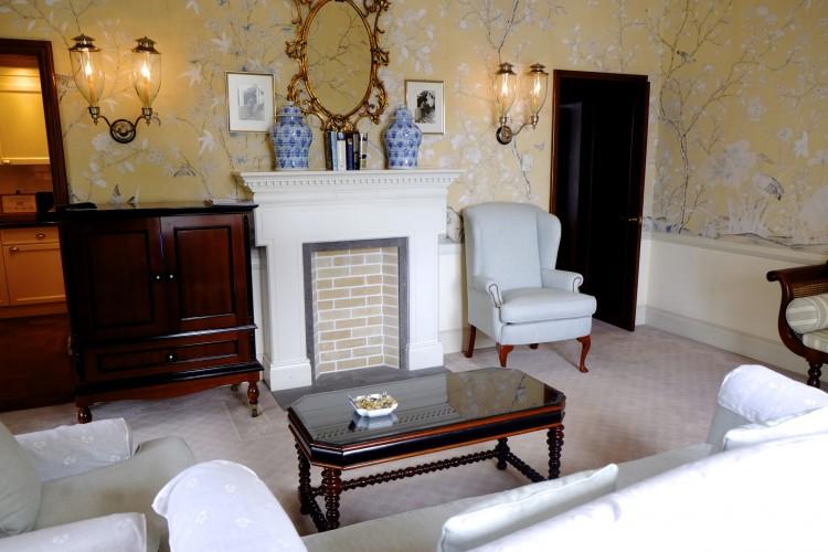 Suite interior 2