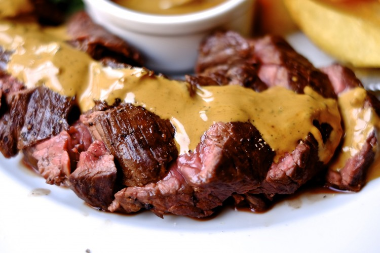 Hanger Steak with Sauce