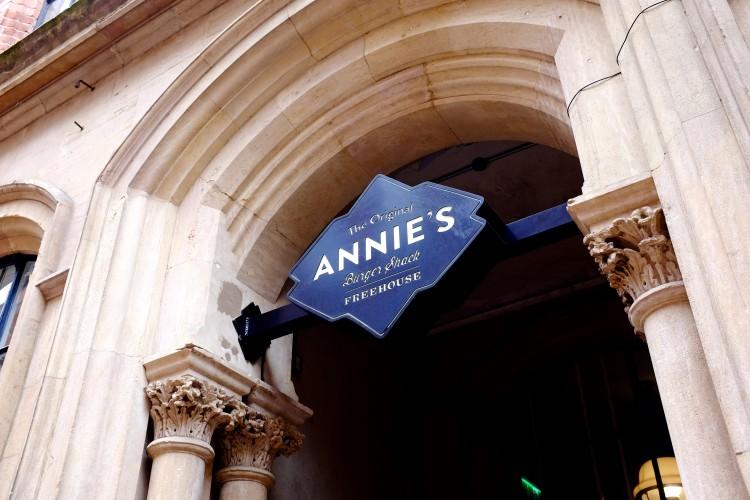Annie's Sign