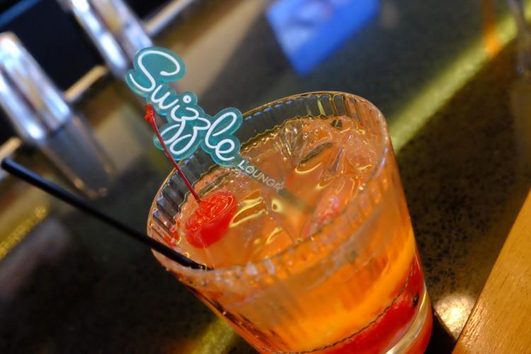 Swizzle Cocktail