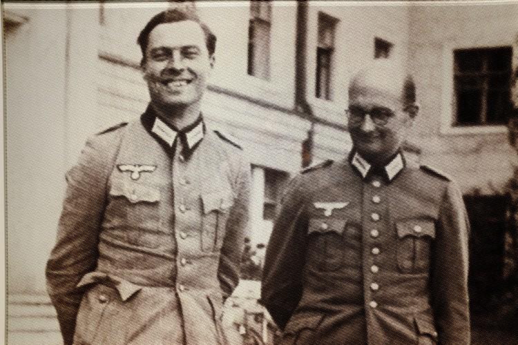 Stauffenberg + One