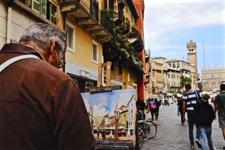 Artist painting in Street