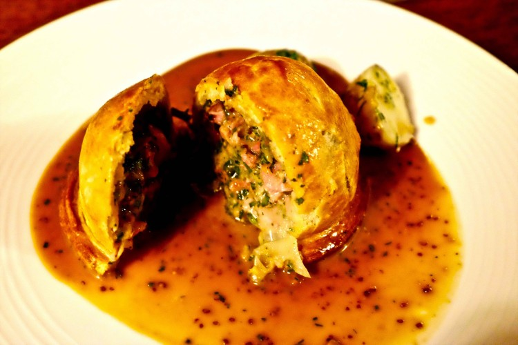 Chicken, Leek and Ham PIe